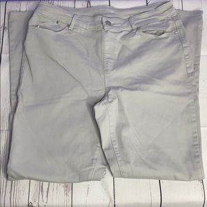 Gray Chico's Jeggings